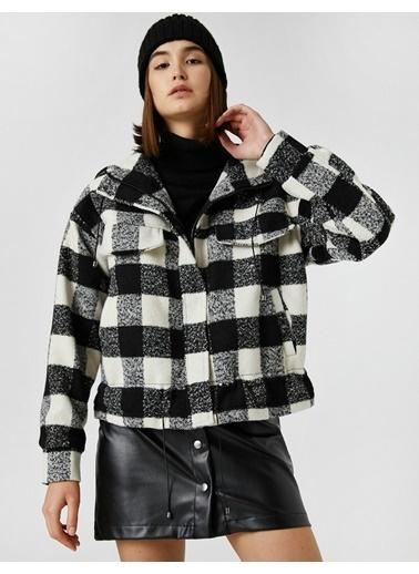 Koton Kapüsonlu Oversize Kareli Ceket Siyah